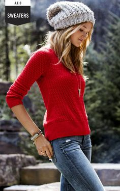 From cardigans to pullovers, find your favorite Women's Sweaters at American Eagle Outfitters today.