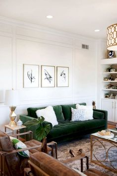 New Living Room Grey White Wood Coffee Tables Ideas Living Room Green, New Living Room, Living Room No Couch, Living Room Decor Green Couch, Cozy Living Rooms, Style Deco, Living Room Inspiration, Room Colors, Sofa Design