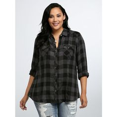 Torrid Plaid Camp Shirt (89 BRL) ❤ liked on Polyvore featuring tops, short-sleeve button-down shirts, plus size tops, button-down shirt, plaid button down shirt and loose shirts