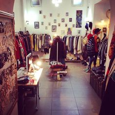 Vintage Shop Sciglio, Salerno, Italy. www.scigliovintage.com