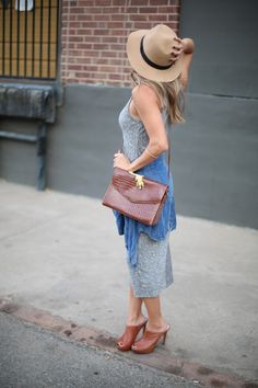The Collaboration Blog - Casual and affordable Fall Fashion. Love the midi dress and brown purse!