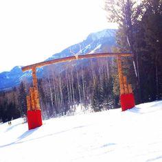 Welcome to Wyoming @JacksonHole @collectivepass @protectourwinters #liveauthentic #travel more #traveldiaries #wanderlust #borntoroam #snowboarding #pow #freshpowder #jacksonhole #wyoming