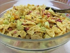 Liian hyvää: Hedelmäinen broileri-pastasalaatti Potato Salad, Food And Drink, Potatoes, Cooking, Ethnic Recipes, Waiting, Drinks, Food And Drinks, Food Food