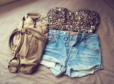 Dream outfit. Wish I could weary this :(
