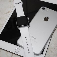 WEBSTA @ applewatchlifestyle - Team Apple!From @syunsuke_oka