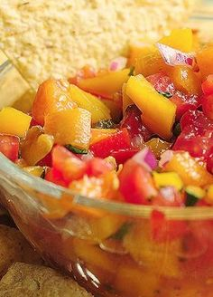 Grilled Peach Salsa - An awesome side dish! Healthy Side Dishes, Vegetable Side Dishes, Side Dish Recipes, Healthy Cooking, Healthy Eating, Healthy Recipes, Healthy Food, Cooking Tips, Good Food