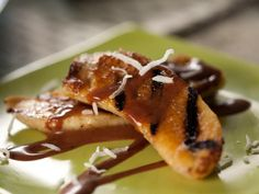 Grilled Bananas with Mexican Chocolate Sauce