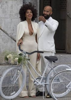 Solange Knowles Wedding Pictures Bollywood Wallpaper FILMY HOLI SONGS FROM BOLLYWOOD MOVIES PHOTO GALLERY  | 3.BP.BLOGSPOT.COM  #EDUCRATSWEB 2020-05-11 3.bp.blogspot.com https://3.bp.blogspot.com/-VC3owLekiE0/WMVnJW7dstI/AAAAAAAABg0/plh-CnvalEsnb9gqbUIkqa4TMBbC7zX3QCLcB/s320/03holi-bhang1.jpg