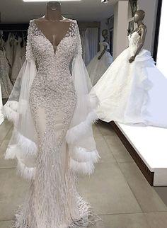 Luxury evening dresses Luxus Abendkleider Luxury evening dresses Source by Dresses Stunning Wedding Dresses, Dream Wedding Dresses, Beautiful Gowns, Elegant Dresses, Bridal Dresses, Dresses Dresses, Beautiful Outfits, Bridesmaid Dresses, Wedding Gowns