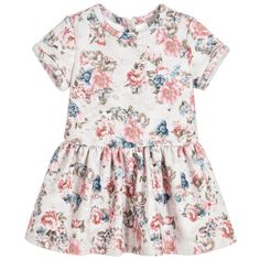 Designed by Mayoral, this floral posy patterned dress offers a refreshing alternative to the more conventional printed styles of the season. Made in a medium weight textured jersey, it will make her feel super pretty as well as comfortable and content.