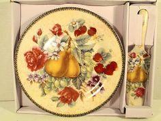 Beautiful Pie Plate Serving Dish - Fruit Decor Pear Strawberry Grape