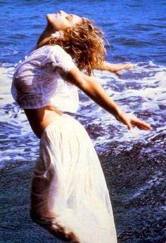 Madonna Albums, Madonna Photos, Madonna 80s, Lady Madonna, Divas Pop, Top 10 Hits, American Bandstand, Music Icon, Pop Singers