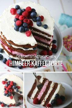 Bei einem Geburtstag darf die Torte nicht fehlen. Für unseren Bloggeburtstag hat Julia von Zartbitter und Zuckersüß eine Himbeer-Kaffee-Torte im Naked Cake Stil gebacken. #himbeer #raspberry #kaffee #coffee #birthday #geburtstag #torte #cake #naked