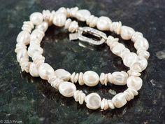 sötvattenpärlor med magnifikt lås - freshwater pearls with magnificent clasp