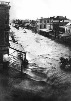 The great flood of 1862.Flooding of Elizabeth St in Melbourne  CBD in 1862.