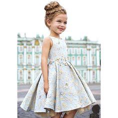 """Model @annapavaga @ekaterinapavaga Dress @mischkaaoki @pershina_marina #postmyfashionkid #fashionkids"""