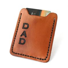 Fat Cat Leather is a husband and wife @JustJaynes team. They make personalized leather items including men's wallets bookmarks and bracelets. This leather wallet money clip would make a great gift for Dad this Father's day! You could even throw in a couple gift cards when you give it Dad. Be sure you order soon so you have it for Dad on the 19th!  Etsy: FatCatLeather  #etsy #uniquelyetsy #leather #wallet #moneyclip #dad #fathersday #minimalist #handmade #quality #etsyseller  #artisan #rustic…
