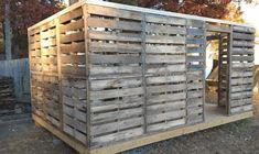 Pallet Barn, Pallet House, Pallet Patio, Pallet Benches, Pallet Tables, Outdoor Pallet, Pallet Projects, Pallet Ideas, Pallet Crafts