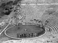 Ancient Theatre of Epidavros, Old Pictures, Old Photos, Greece History, Pompeii And Herculaneum, Greek Culture, As Time Goes By, Athens Greece, Ancient Greece, Crete