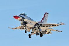 F-16 Falcon Thunderbird