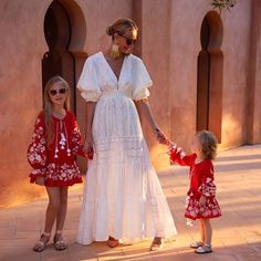 Estilo Hippy, Casual Dresses, Summer Dresses, Mommy Style, Party Gowns, Classy Women, Spring Summer Fashion, Dress To Impress, Flower Girl Dresses