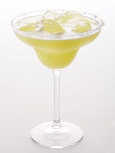 Forget the margarita: This Skinny Wasaberita saves you 95 calories per ounce. | trimhealth.org