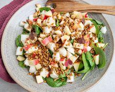 Salat med honningmelon og paprikaristede solsikkekerner | Mummum.dk Mozzarella, Cobb Salad, Feta, Salads, Dinner, Ethnic Recipes, Inspiration, Food Ideas, Danish Cuisine