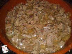 LAS RECETAS DE MAMY SONIA: ASADURA DE CERDO EN SALSA Albondigas, Pork, Beef, Meals, Dinners, Kale Stir Fry, Meat, Pork Chops
