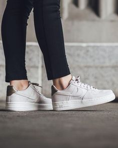 Tendance Chaussures 2017  Tendance Chausseurs Femme 2017 Instagram photo by Titolo Sneaker Boutique May 9