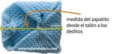 Zapatitos de bebe de dos cuadrados tejidos - Tejiendo Perú Crochet Baby, Knitted Hats, Baby Shower, Knitting, Charts, Crochet Coat, Crafts, Shoes, Crochet Baby Sandals