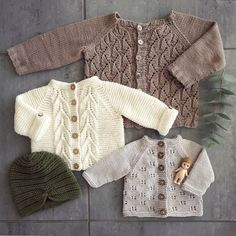 Norwegian Fir, Top down cardig Baby Knitting Patterns, Knitting For Kids, Free Knitting, Knitting Projects, Knitted Baby Cardigan, Knitted Baby Clothes, Baby Kids Clothes, Pinterest Baby, Crochet Baby