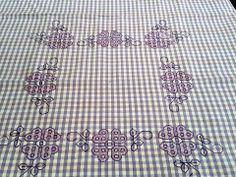 Una vetrina di fantastici lavori a maglia, cucito e uncinetto per stimolare gli appassionati, gli intenditori, e le vere esperte del cucito. Filo da ricamo