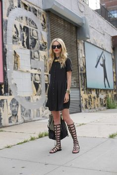 Atlantic-Pacific: Summer LBD, sam edelstein gladiator sandals, mmm four ring set Looks Style, My Style, Street Style, Spring Summer Fashion, Summer Chic, Passion For Fashion, Fashion Models, The Help, Gladiator Sandals
