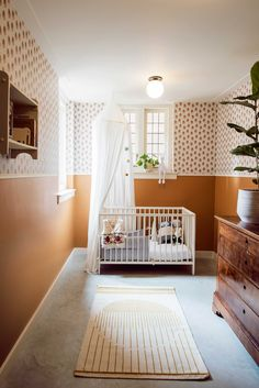 - Haarlem Residence - Interior Design by Studio 34 South 8 Person Dining Table, Nursery Neutral, Neutral Nurseries, Leaded Glass Windows, Interior Architecture, Interior Design, Nursery Inspiration, Nursery Ideas, Bedroom Night Stands