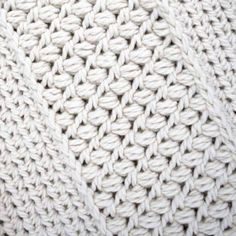 Close Up of the Gathered Buds Cowl Reverse side. So much texture. Tunisian Crochet, Diy Crochet, Crochet Hats, Crochet Ripple, Scarf Crochet, Crochet Purses, Crochet Blankets, Crochet Stitches Patterns, Crochet Designs