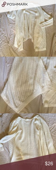 Lou & Grey sweater Lou & Grey LOFT sweater. No button cardigan. Hangs linger in front. Acrylic/Nylon/Alpaca blend. Lou & Grey Sweaters Cardigans