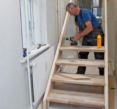 Du kan fint bygge din egen trapp og du kan spare en liten formue på å gjøre det selv. Her får du se på hvordan du trinn-for-trinn bygger trappen.