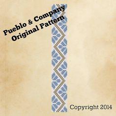 Americana azul y blanco flores grano telar patrón por PuebloAndCo                                                                                                                                                                                 More