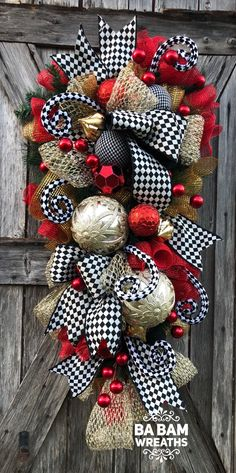 Ba Bam Wreaths, Red Gold Christmas Decor, Classic Christmas, Christmas Swag, Christmas Wreath, Christmas Door Hanging, Holiday Swag