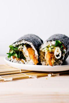 dynamite california roll recipe - www.iamafoodblog.com #sushi #handroll #ehomaki