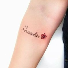 18 Ideas For Womens Tattoo Quotes Simple Delicate Tattoo, Subtle Tattoos, Trendy Tattoos, Word Tattoos, Mini Tattoos, Body Art Tattoos, Tatoos, Tattoo Art, Tattoo Quotes For Women