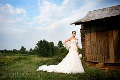 country bridal portrait by Cynthia Rose Photography