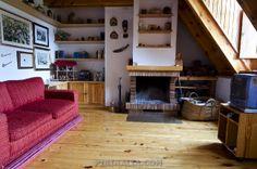 Coqueto apartamento en Arties para 5 personas. Muy cerca de las pistas de esquí de Baqueira. www.pirinalia.com
