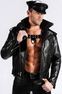 Kerls in Leder Mens Leather Pants, Biker Leather, Leather Jackets, Leder Outfits, Komplette Outfits, Unisex Outfits, Hombres Gay Sexy, Men Tumblr, Sexy Gay Men