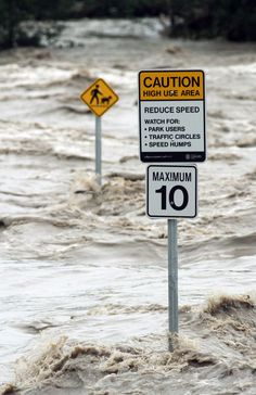 I have never seen the river that high': Second surge feared as Calgary becomes watery ghost town Canada Eh, Oil And Gas, Ghost Towns, Global Warming, Daily News, Calgary, Mother Earth, Science Nature