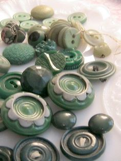 Vintage Fancy Green Buttons....love, love, love the green!
