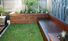 Garden Boxes With Seating and Steps - JR's Timber Fencing Contractor - Brisbane Large Planter Boxes, Large Garden Planters, Wood Planter Box, Wood Planters, Garden Boxes, Glass Garden, Sleeper Retaining Wall, Garden Retaining Wall, Retaining Walls
