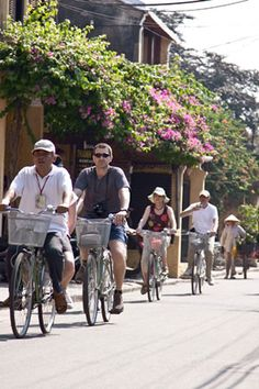 Discovering Hoi An, where was a center of international trade on the commercial East-West | About Vietnam  #hoian #vietnam
