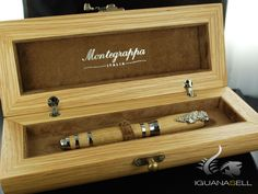 Estilográfica Montegrappa Tirebouchon Mechanical Pen, Pen Collection, Puja Room, Pencil And Paper, Wood Colors, Fountain Pens, Ariel, Calligraphy, Watches