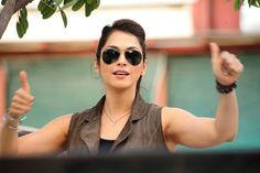 Isha Koppikar looks stunning Looking Stunning, Monday Motivation, Bollywood Actress, Thinking Of You, Round Sunglasses, Bring It On, Actresses, Ganesh, Instagram